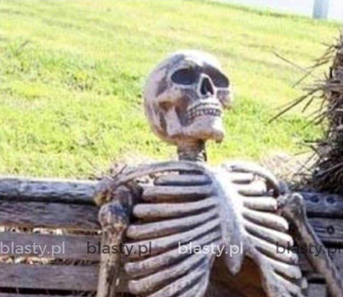 Czekając na dziewczynę.