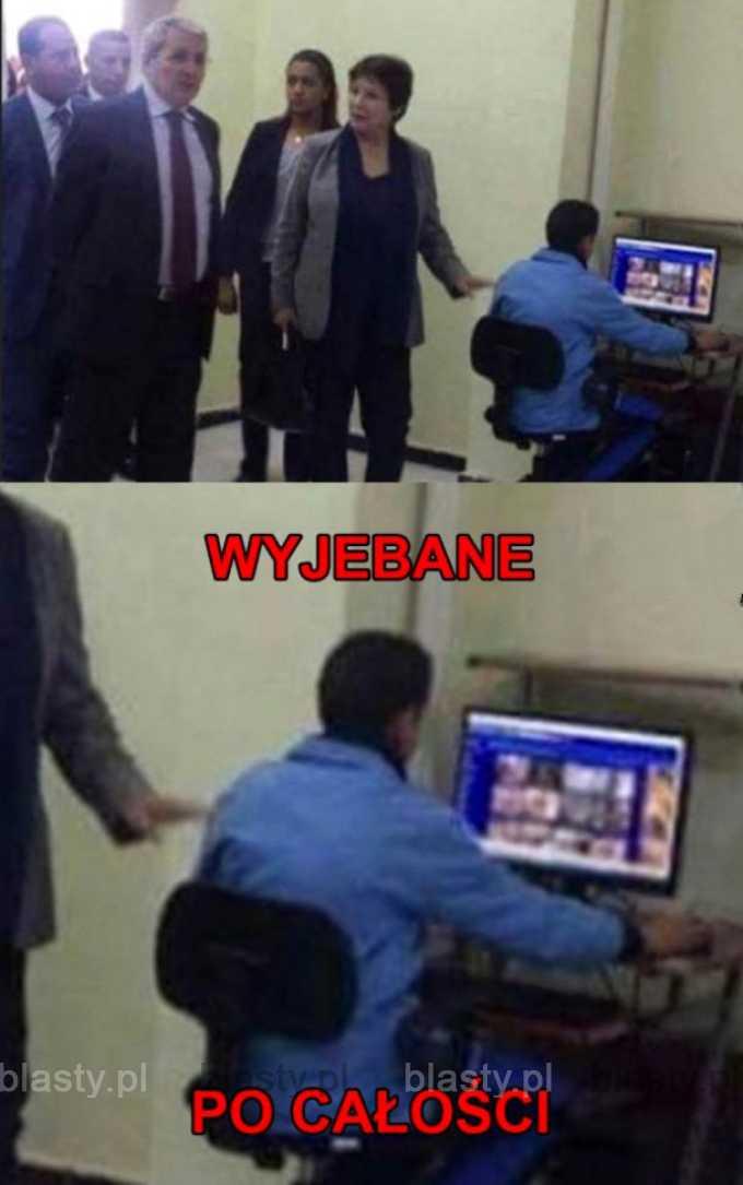 Koleś w Egipcie ogląda porno w trakcie wizyty ministra edukacji.