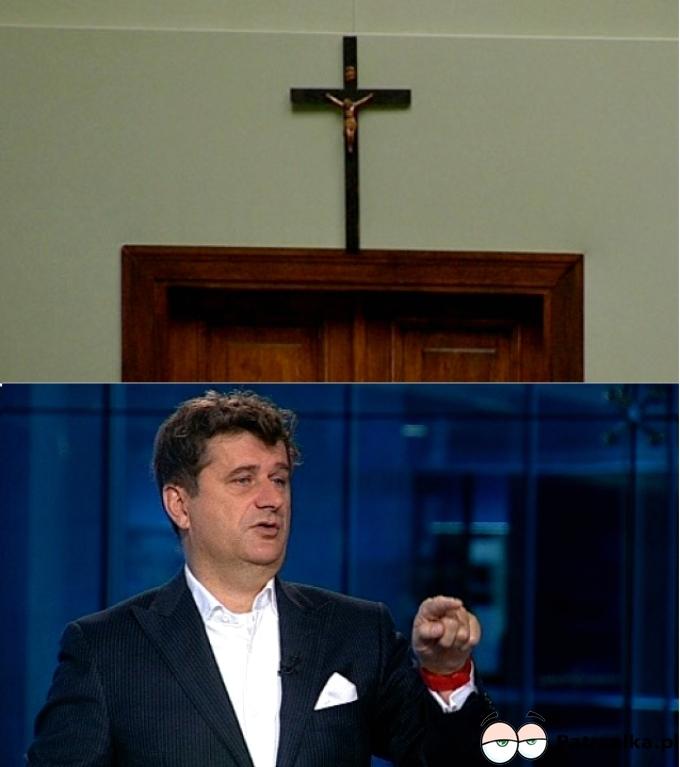 Krzyż został, Pan poseł już nie