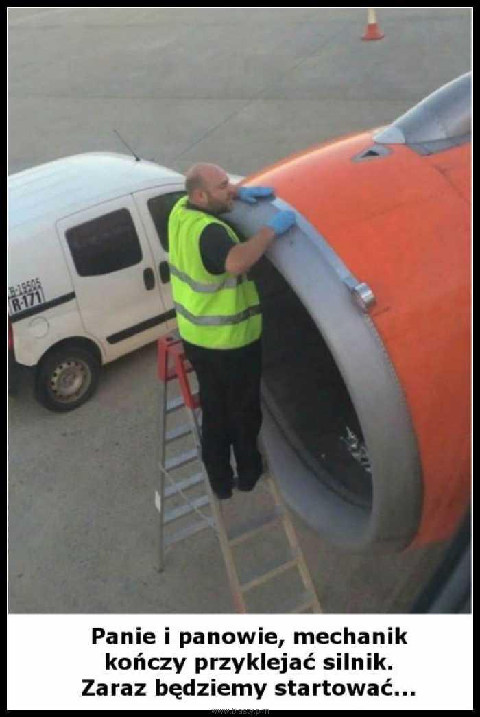 Mechanik kończy przyklejać silnik