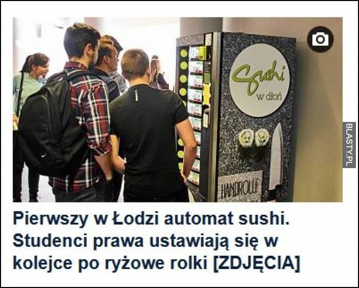 Pierwszy w Łodzi automat sushi - studenci prawa ustawiają się w kolejki po ryżowe rolki