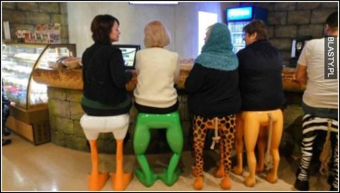 fajny pomysł na krzesła w barze