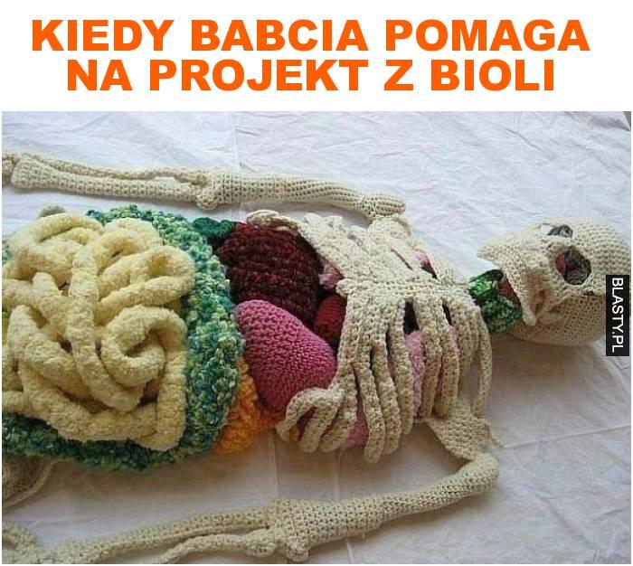 Kiedy babcia pomaga na projekt z bioli