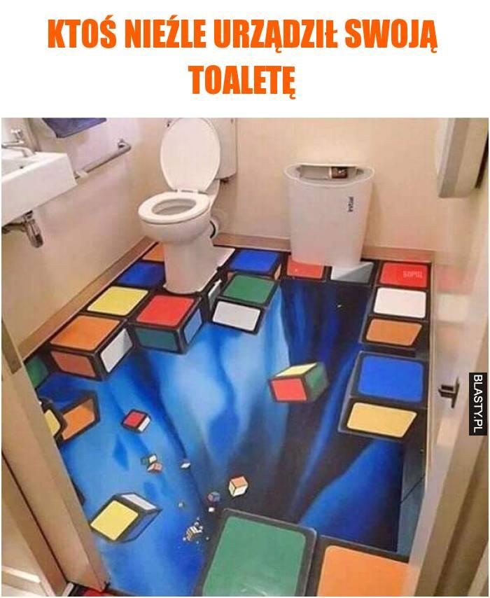 ktoś nieźle urządził swoją toaletę