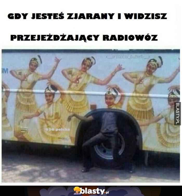 Gdy jesteś zjarany i widzisz przejeżdzający autobus