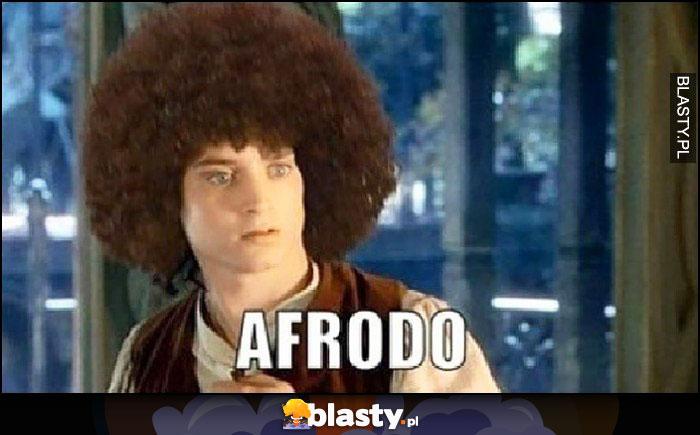 Afrodo Frodo z afro na głowie fryzura