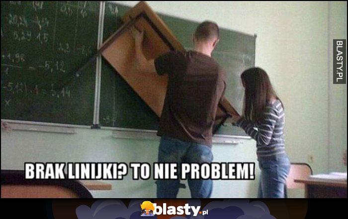 Brak linijki? To nie problem, w polskiej szkole odrysowują przy tablicy przykładając ławkę