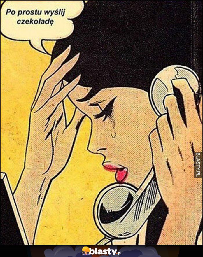 Po prostu wyślij czekoladę laska rozmawia przez telefon płacze