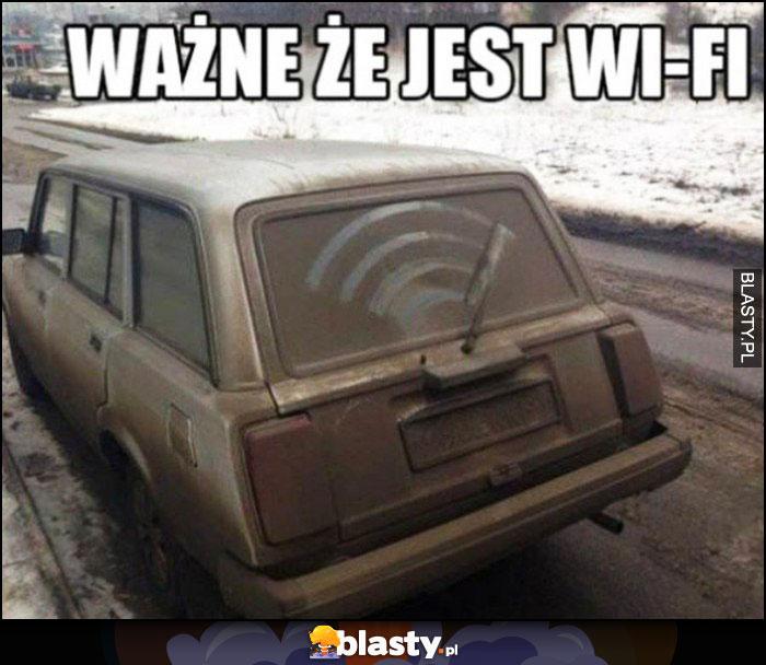 Ważne że jest Wi-Fi stara Łada wycieraczka tylnej szyby