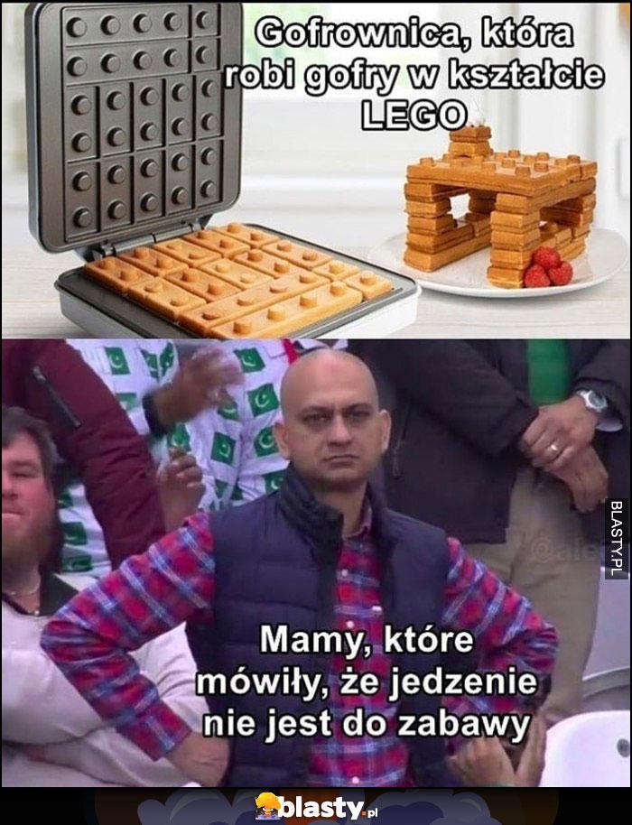 Gofrownica, która robi gorfy w kształcie LEGO vs mamy które mówiły że jedzenie nie jest do zabawy
