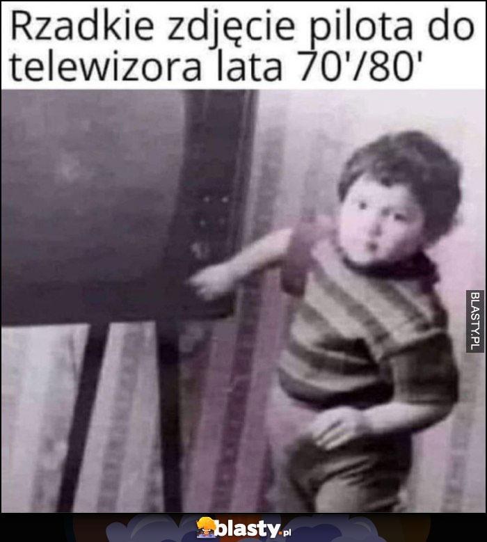 Rzadkie zdjęcie pilota do telewizora, lata 70-80 dziecko